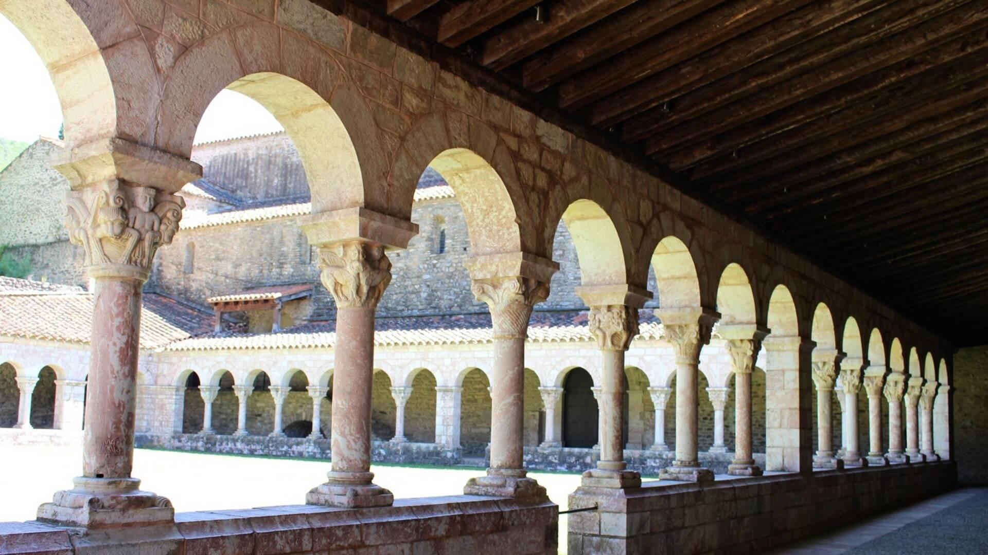 abadia sant miquel de cuixa